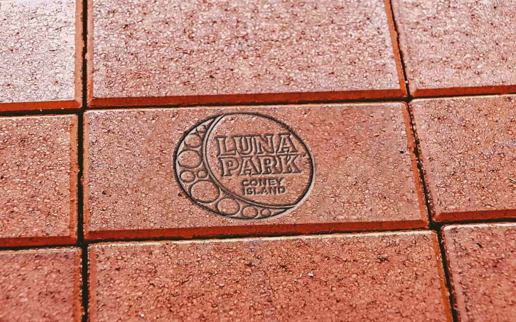 Commemorative Bricks Luna Park